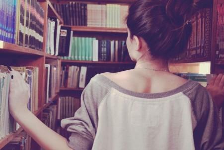 gilr books